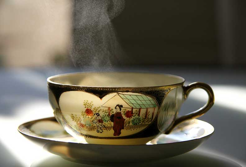 Remplacer le café par du thé vert pour une cuisine Paléo